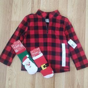 NWT Bundle 1 sweatshirt + 2 Christmas socks